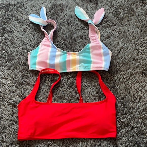 2 Bathing suit tops